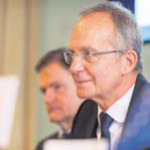 Minister Kamp has confidence in water- and electricity management