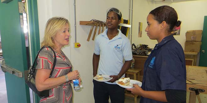 "The technical stream of the Saba Comprehensive School is the first vocational education (MBO) institution in the Caribbean Netherlands to achieve the basic quality in education. This was announced by Minister of Education, Culture and Science Jet Bussemaker on Wednesday morning when she visited the Leather Factory at Cove Bay where instruction in various disciplines of vocational education is offered. The Minister and her delegation toured the facility and held talks with teachers and students. Afterwards everyone was treated to cake. Bussemaker was happy to see firsthand that there are students in the vocational programme and stressed the importance for Saba to create the link between the economy and education. ""It is important to guarantee these young Sabans an opportunity in the job market once they have completed their vocational studies,"" said Bussemaker."